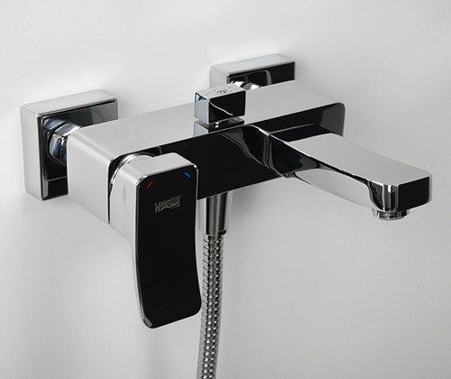 Смеситель WasserKRAFT Aller 1061 ванны с коротким изливом