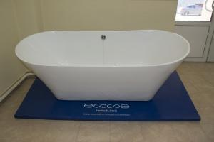 Мраморная ванна Esse  BORAX_1